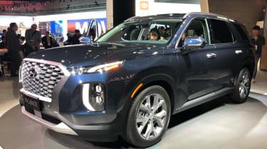 Hyundai Palisade  - LA Motor Show - front