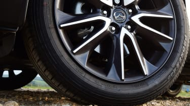 Mazda CX-3 - wheel