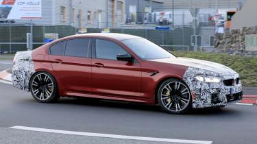 BMW M5 facelift - spyshot 3