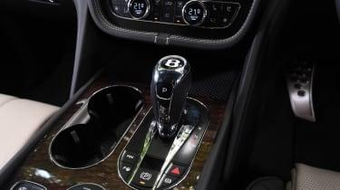 Bentley Bentayga V8 - Gearstick