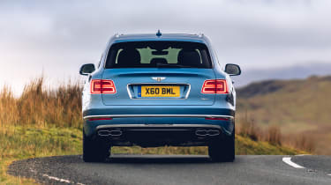 Bentley Bentayga Hybrid - rear