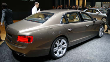 Bentley Flying Spur rear tracking