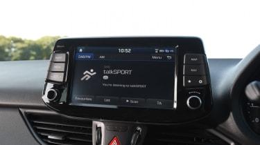 Hyundai i30 Tourer - infotainment and vents