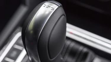 Volkswagen Arteon review - gold transmission