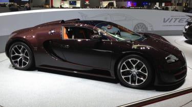 Brown Bugatti Veyron