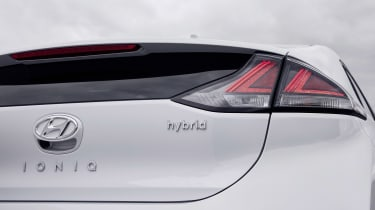 Hyundai Ioniq Hybrid - rear detail