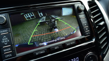 Mitsubishi L200 long-term test - parking camera