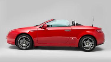 Alfa Romeo Spider side profile
