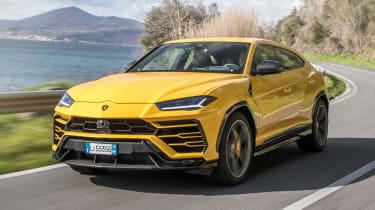 Lamborghini Urus - front