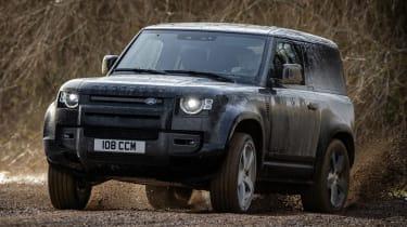 Land Rover Defender 90 V8 - front cornering