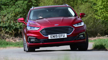 Ford Mondeo Hybrid Estate - front cornering