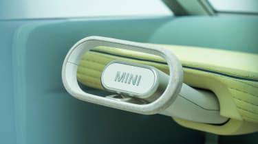MINI Urbanaut - steering wheel