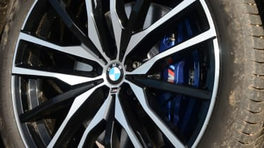BMW X5 xDrive45e - wheel