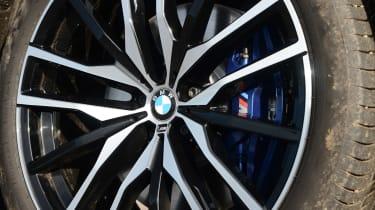 BMW X5 xDrive45e - wheel