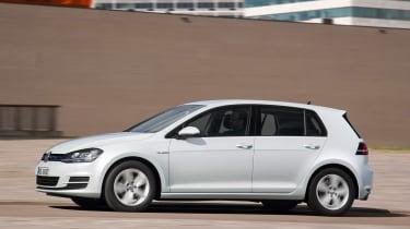 VW Golf BlueMotion 1.0 TSI side on