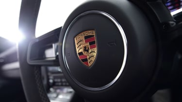 Porsche 911 GT3 - steering wheel detail