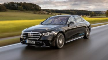 New Mercedes S 580 e L plug-in hybrid - front