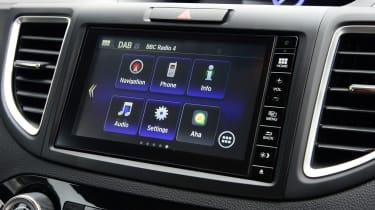 Honda CR-V - infotainment system
