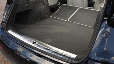 Audi Q3 2.0 TDI (2WD) boot