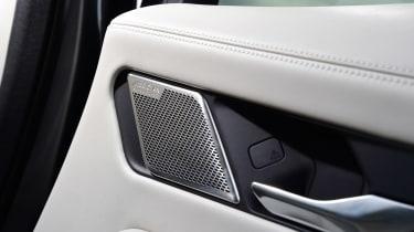 Jaguar I-Pace - speaker