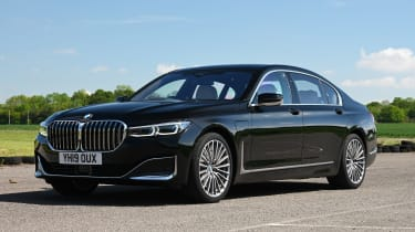 BMW 745Le xDrive - front static