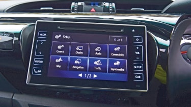 Toyota Hilux infotainment