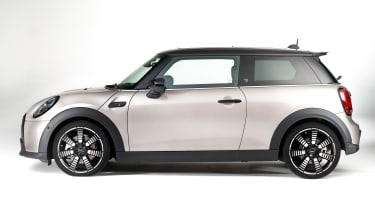 MINI 3-door hatch facelift - side