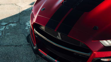 Ford Mustang Shelby GT500 - bonnet detail
