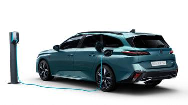 Peugeot 308 SW - charging studio