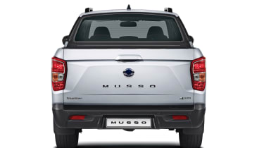 SsangYong Musso - full rear