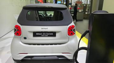 Smart EQ ForTwo - Frankfurt full rear