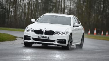 BMW 5 Series 520d xDrive 2017 - front cornering