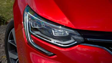 Renault Megane diesel - front light detail