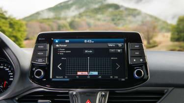 Hyundai i30 N - infotainment