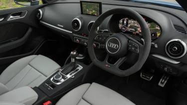Audi RS 3 - dash