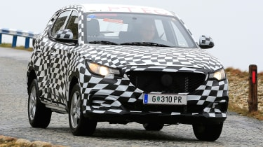 MG ZS - spy shot front tracking
