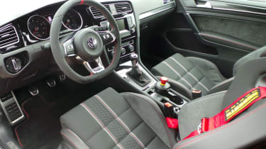 Volkswagen Golf GTI Clubsport S - interior