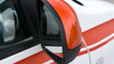 Triple test – Renault Twingo - wing mirror glass