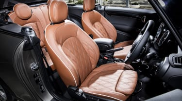 MINI Open 150 Convertible - front seats
