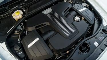 Bentley Flying Spur V8 S - engine