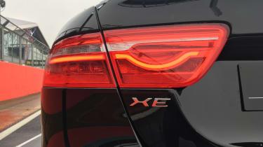 Jaguar XE 300 Sport - taillight