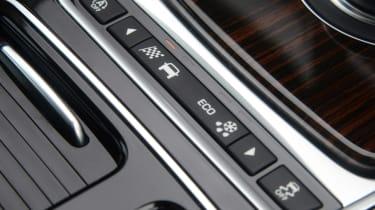 Jaguar XF 25d - drive mode