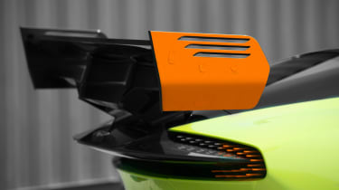 Aston Martin Vulcan AMR Pro - rear wing