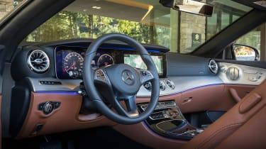 Mercedes E-Class Cabriolet - dash