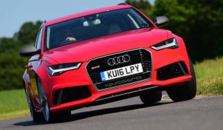 Audi RS6 Avant Performance 2016 - front cornering