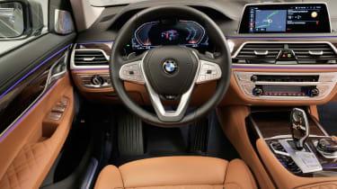 BMW 7 Series facelift - dash