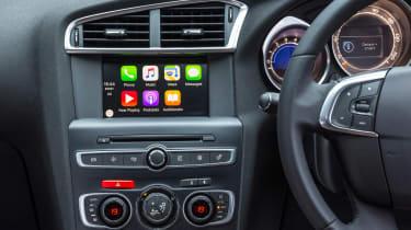 New DS 4 diesel UK drive screen