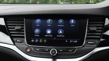 Vauxhall Astra - screen