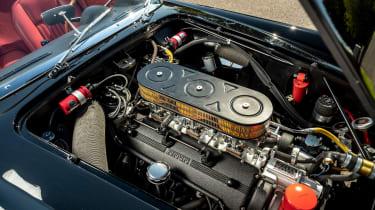 Ferrari 250 GT California Spyder remake - engine