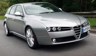 Alfa Romeo 159 Sportwagon estate front tracking